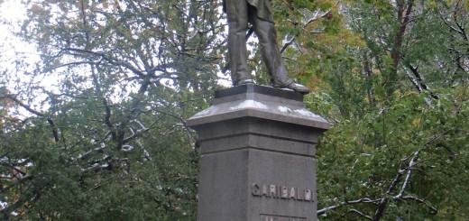 garibaldi_unbarricaded_washington_square_park
