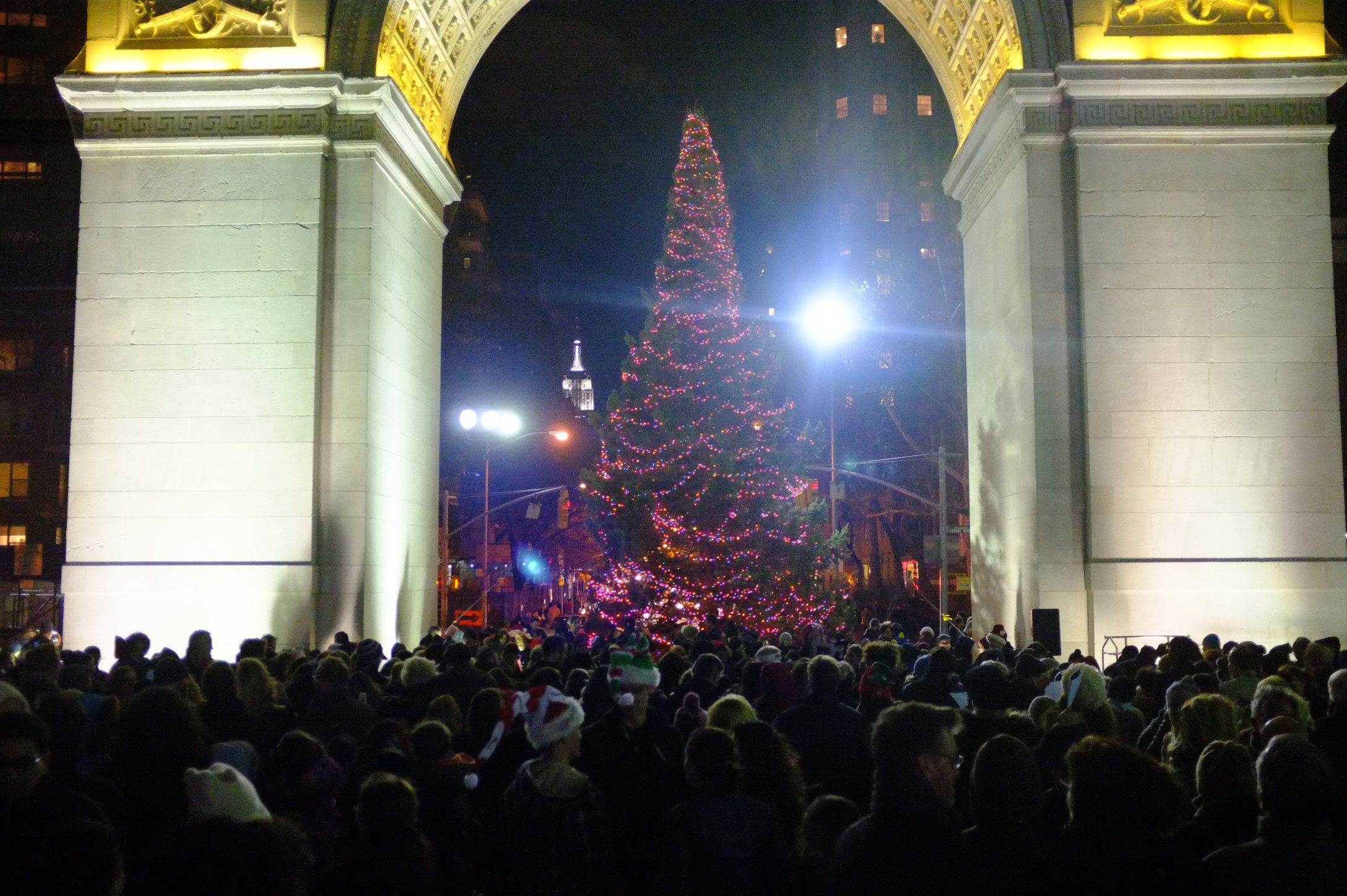 washington_square_tree_lighting_2012