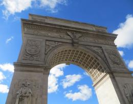 arch_magnificent_blue_sky_washington_square_post_sandy1