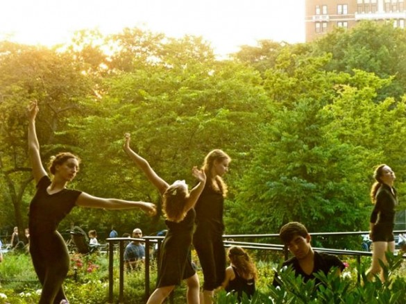 dancers_washington_square_park_garibaldi_plaza_summer_new_york_city