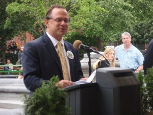 Adrian Benepe, opening Phase I Washington Sq Park 2009