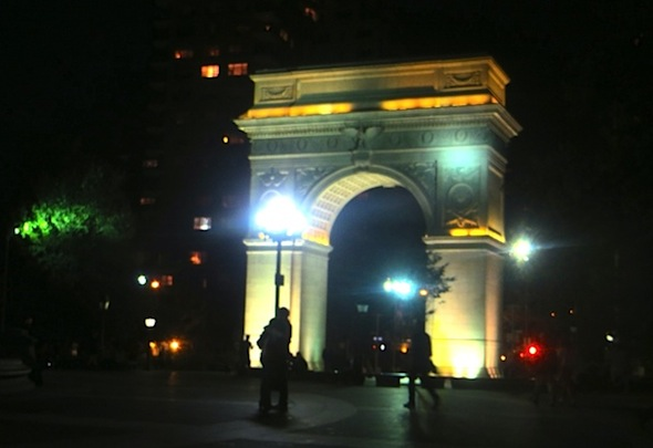 arch_at_night_fall_washington_square_park