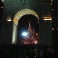 christmas_eve_washington_square_tree_arch_1