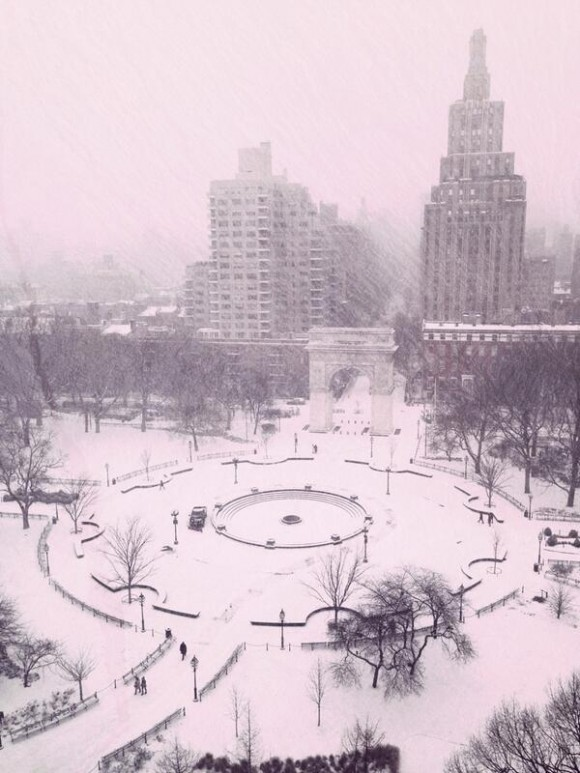 fountain_plaza_snow_storm_washington_square_park_jan_2014