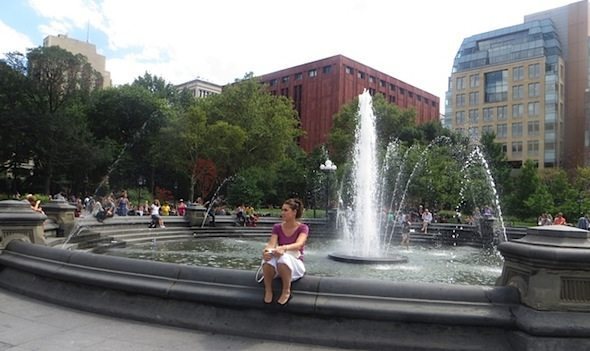 gal_on_fountain_washington_square_park