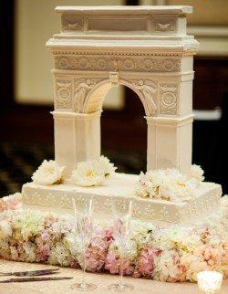 washington_square_park_arch_wedding_cake