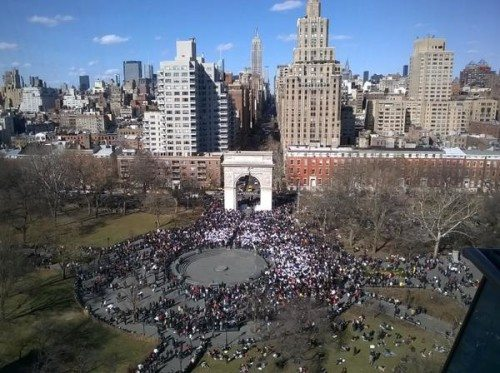 pillow_fight_day_2015_washington_square_park