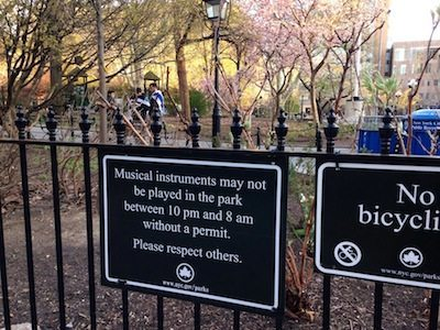 washington-square-park-new-signs-no music after 10 p.m.