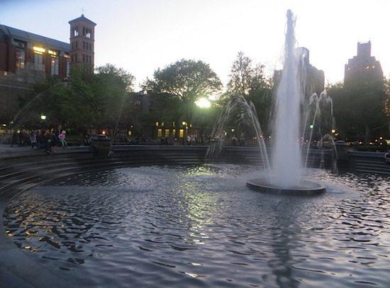 fountain washington square park