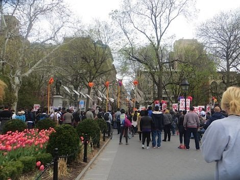 rally_missing_students_mexico_city_washington_square_park_3