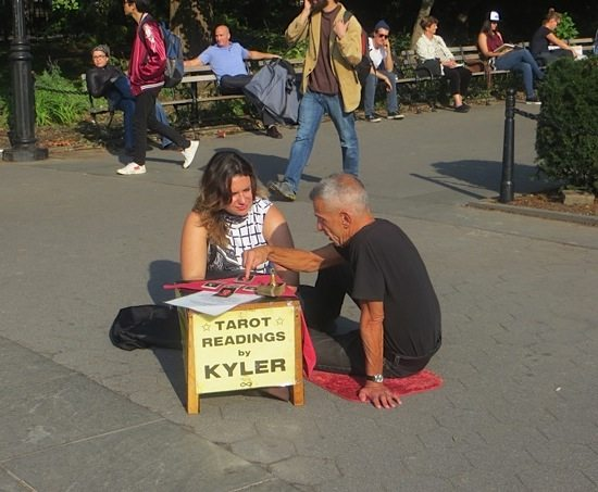 tarot-readings-kyler-washington-square-park