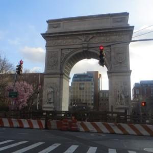 construction surrounds arch washington square park