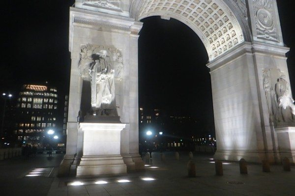 washington square arch at night new york city