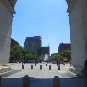 arch-fountain-plaza-washington-square-park-summer-2016
