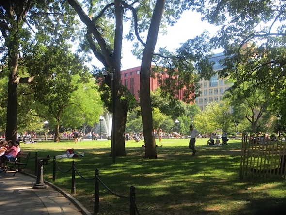 late-summer-washington-square-park-2016