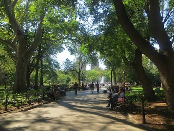 washington-square-looking-west-summer-2016
