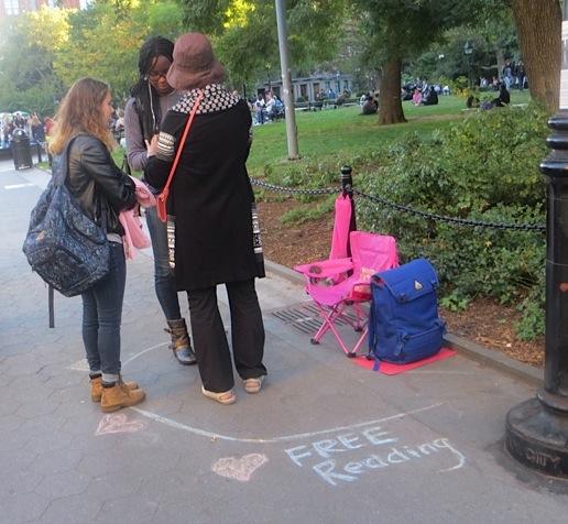 free-reading-washington-square-park-fall