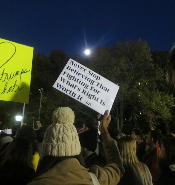 never-stop-believing-full-moon-washington-square-park-love-rally-2016