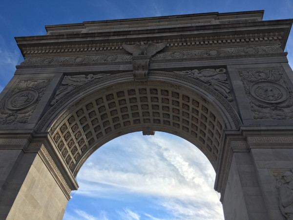 the-arch-washington-square-park-nyc-blue-sky-6