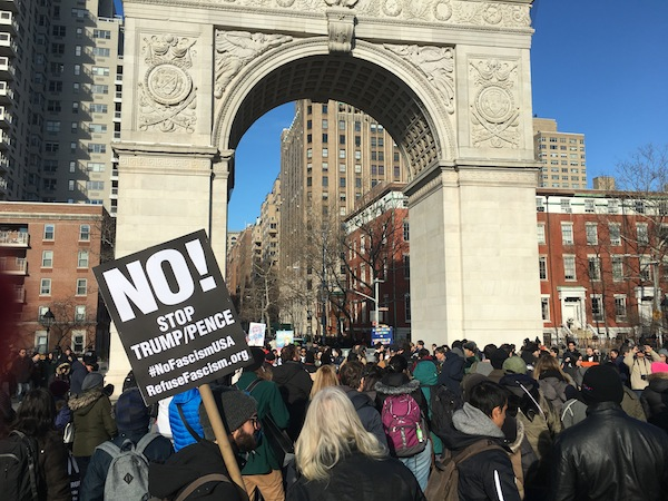 washington-square-park-general-strike-rally-the-arch-2017-1