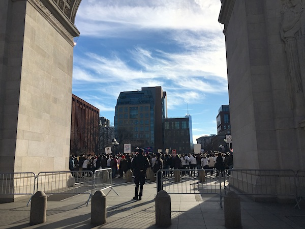 washington-square-park-police-officer-arch-general-strike-rally-3