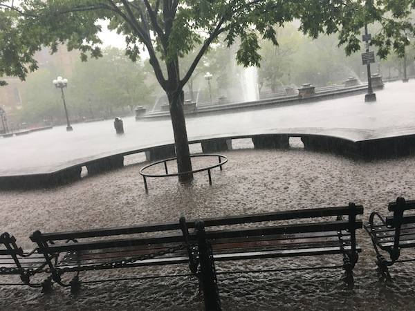 washington-square-park-fountain-plaza-flooding-rain-2