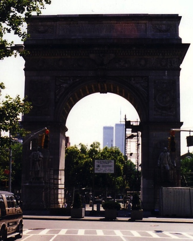 washington square arch twin towers pre 9/11